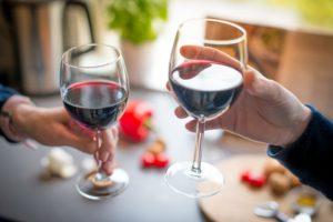 Sai come abbinare vino ed erbe aromatiche?